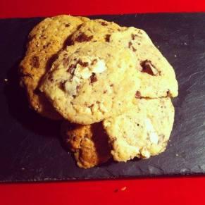 (Cookies deux chocolats)